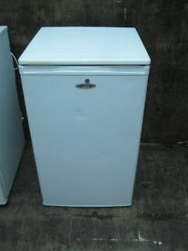 SLIM WHITE 'FRIDGEMASTER' FRIDGE. VARIOUS SHELVES & COMPARTMENTS. FAIR CONDITION. VIEW/DELIVERY POSS