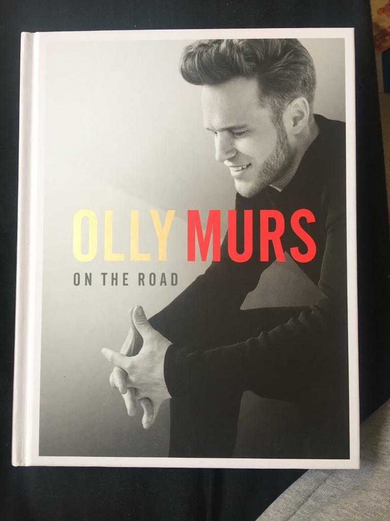 OLLY MURS SIGNED AUTOBIOGRAPHY