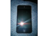 APPLE IPOD TOUCH 4th generation very good condition