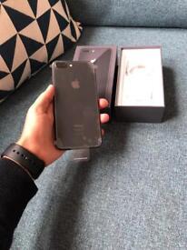 iPhone 8 Plus brand new ! UNLOCKED