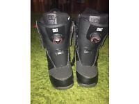 DC Snowboard boots size 8 JUDGE BRAND