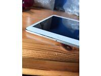 Ipad mini Silver/White £150 ONO. 16g good condition