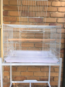 BRAND NEW medium flight cage & trolley $80, eftpos available