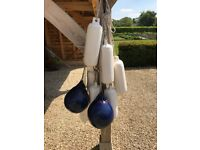 7 Polyform G3 fenders (5.5inX19in) and 2 Polyform A1 buoys all including ropes for boats up to 23 ft