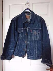 Womens demin Levi jacket