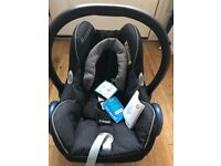 Brand new with tags Maxi Cosi Cabriofix baby car seat 0-13kg/0-12 months