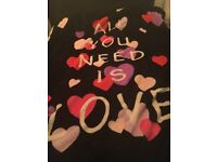 """Valantine """"all you need is love"""" super soft throw"""