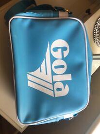 GOLA CLASSICS MESSENGER BAG - £5