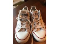 Converse white pumps size 3 1/2 Good Condition with plenty of wear left