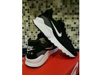 MEN'S NIKE AIR ZOOM PEGASUS 92 SIZE 9