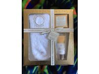Baylis and Hardings gift set