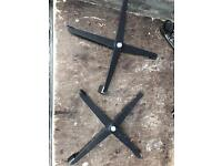 Floor mounts for par can/lights