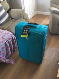 New suitcase (large)