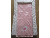 BABY CHANGING MAT - PINK CHICK DESIGN - GREAT CONDITION - ONLY £2