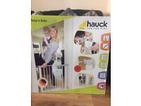 Hauck pressure fix safety gate brand new
