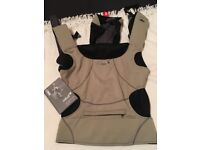 Close Parent Caboo DX Go Khaki Baby Carrier