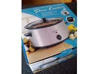 Signature slow cooker 3.5litres. Brand new