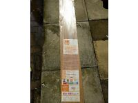 B&Q COUNTRY OAK Glueless Laminate Wooden Flooring 1 Pack sealed new 2.5m2