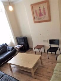 STUDENT ACCOMMODATION, LAST WEEK OFFER rooms with en-svite ,per room £540