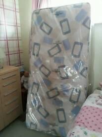 Single mattress (brand new)