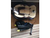 Isofix base with free maxi cosi baby car seat
