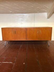 G plan Fresco 1970's Teak Sideboard Media/Storage Cabinet on Hairpin Legs. Vintage Retro Chic