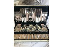 vintage Tableware cutlery set presented in beautiful box. IMMACULATE NEW condition never used