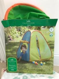 Children's play tent