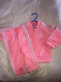 Adidas baby girl tracksuit superstar 3-6n