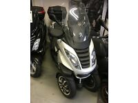 Peugeot Metropolis 400i *Reduced Sale Price**Includes Business Kit Worth £450*