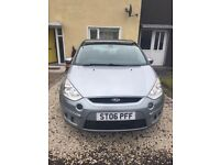 What a Great car, Ideal for family's Ford S-MAX Titanium 2LD 1 yaer mot, the car has everything.