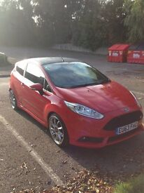 Ford Fiesta ST2 / Low Mileage / Racing Red / Great Condition /