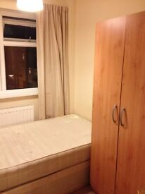 *DBL FOR SINGLE* IN EALING BROADWAY, FIRST MONTH ONLY £140/WEEK