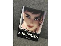 Audrey Hepburn Taschen Movie Icons Book - Film cinema Breakfast at Tiffany's Retro Vintage SDHC