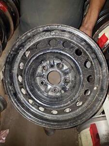 """4 roues 15'' à 5X114.3mm, centre 60.1, largeur 6.5"""", offset 50."""