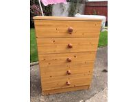 5 Draw, Chest of draws pine effect
