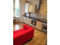 2 bed victorian conversion flat on residential road 5 mins walk from Clapham Junction Station