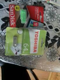 Toshiba memory stick 64 gb brand new