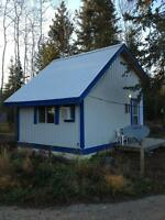 Deluxe fully furnished cabins on EAST hill of Peace River