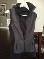 Lululemon vest size 4