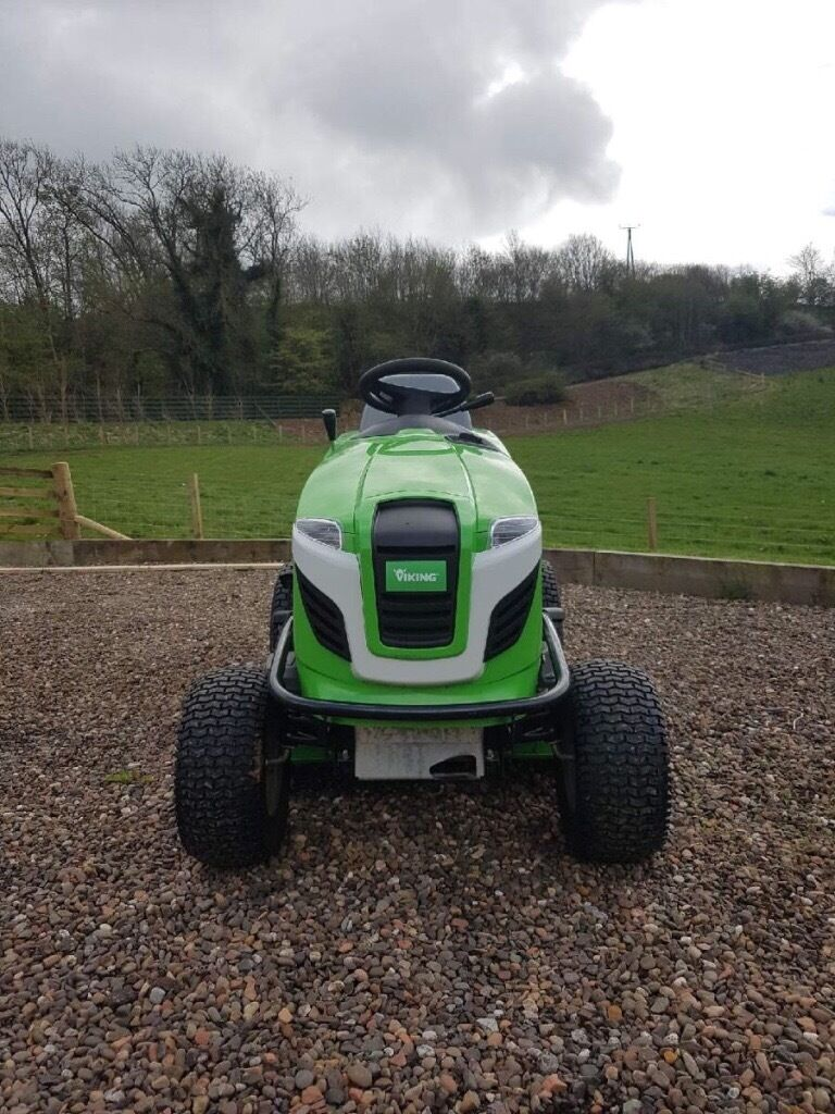 Viking T6 ride on lawnmower