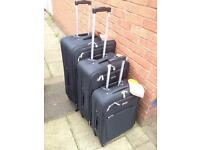 Light weight four wheeler suitcases set of three