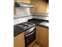 2 BED FLAT IN ILFORD. 5 MINS WALK TO ILFORD STATION. ALL NEWLY REFURBISHED. £1150 MUST SEE