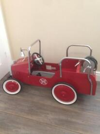 Great Gizmo pedal car fire engine