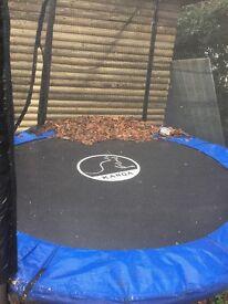 Trampoline 8 ft with enclosure storage pockets