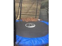 Trampoline 8 ft with enclosure storage pockets