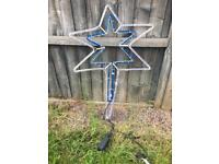 2 large outdoor Christmas lights