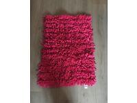 4pink rugs