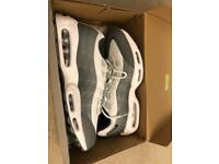 Air max 95 ESSENTIAL RARE (ALL SIZES AVAILABLE)