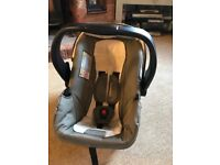 Good condition travel system comprising of buggy and car seat